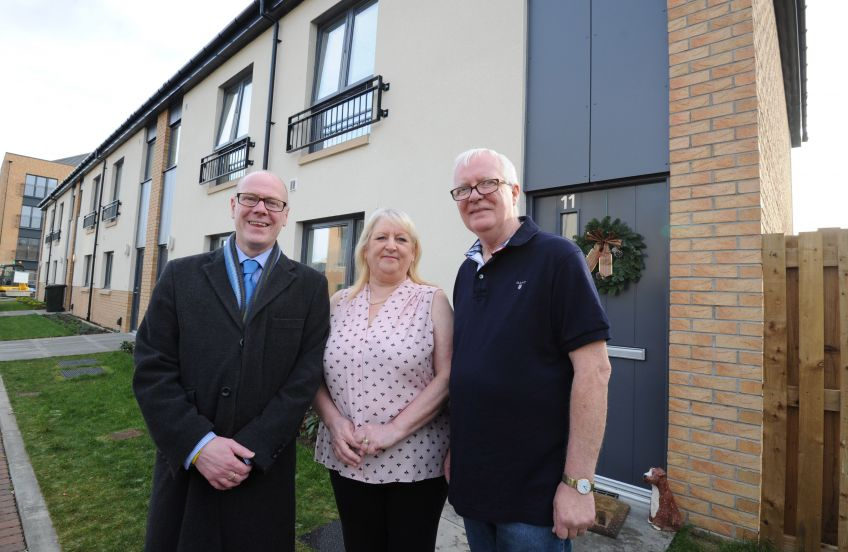 Housing Minister visits Dunedin Canmore new homes